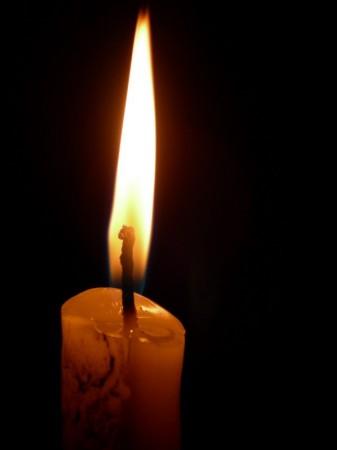 medium_candel.jpg